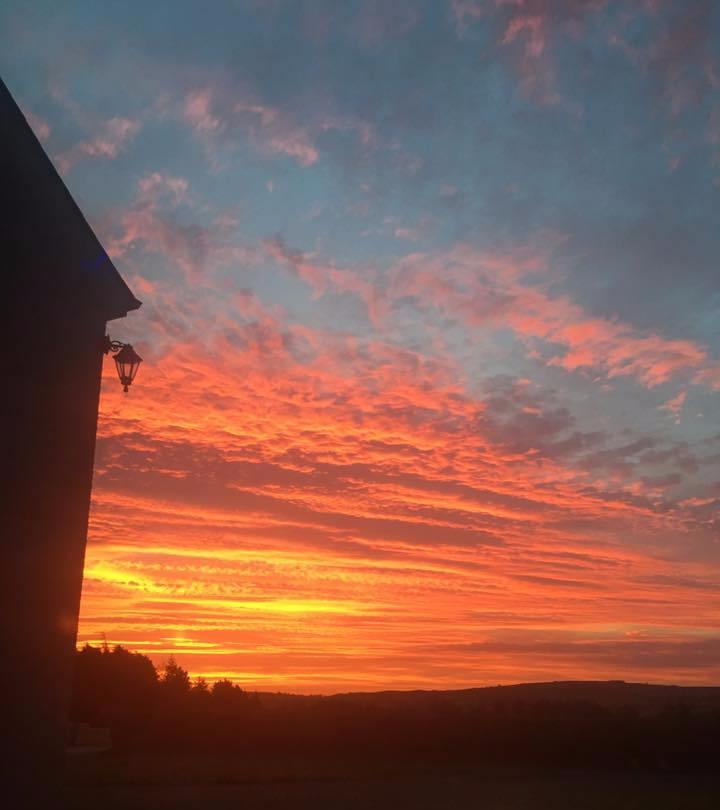 amazing-sunset-elainesrovesntroves.jpg