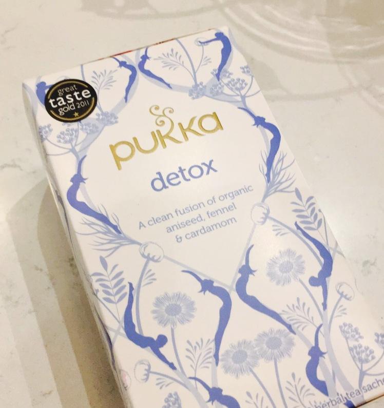 detox-tea-elainesrovesntroves-december-detox