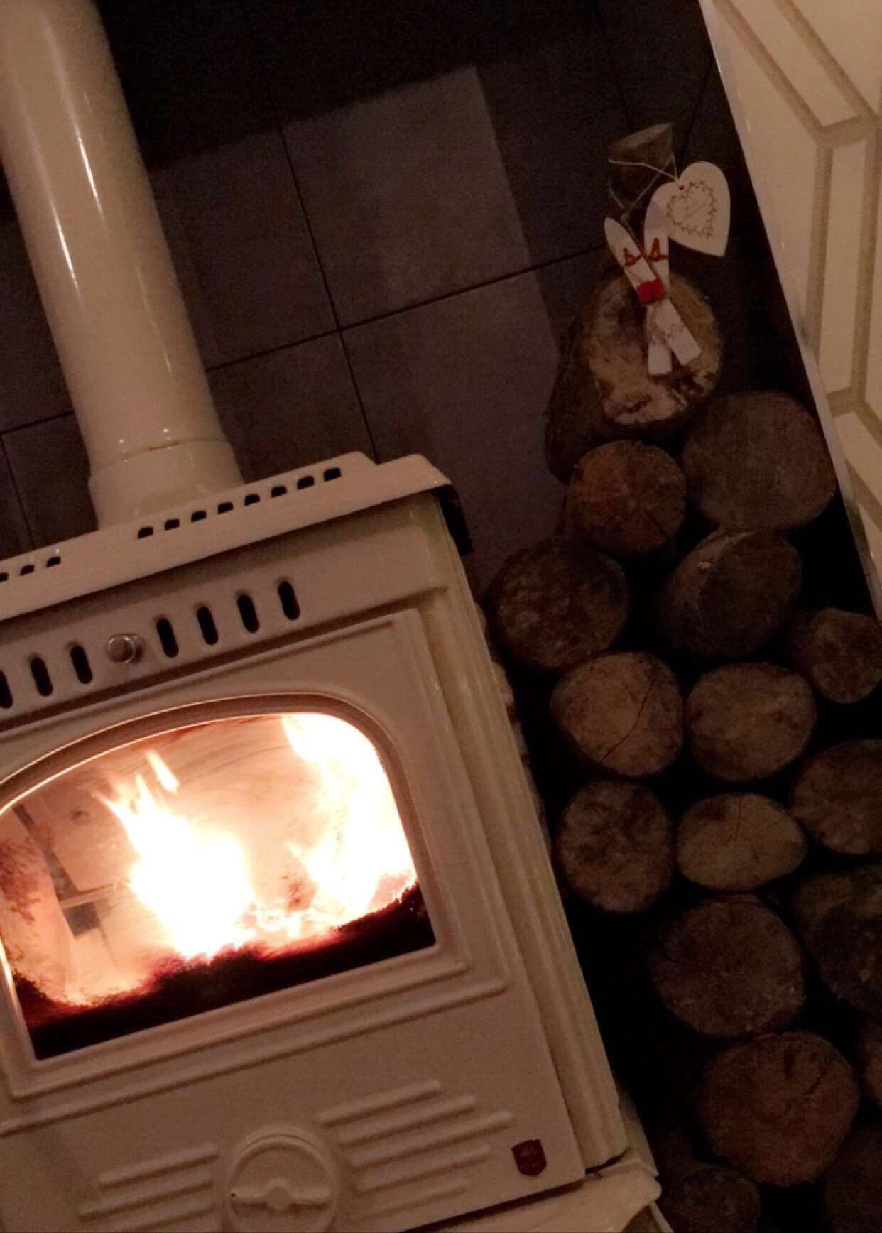 fuel-up-your-fire-hygge-elainesrovesntorves