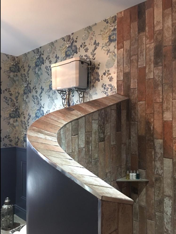 bathroom decor styling